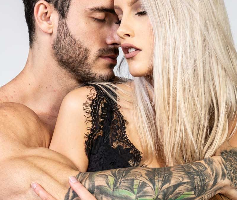 New Photo Avaiable For Book Cover (Mike & Sabrina)